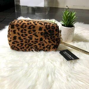 Handbags - Leopard Print Makeup Bag